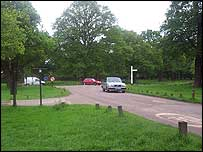 Robin Hood Gate approach