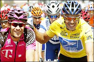 Victor Hugo Pena (right) looks relaxed as he starts stage five on his 29th birthday