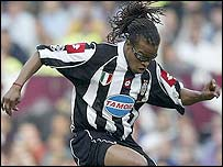Edgar Davids in action for Juve