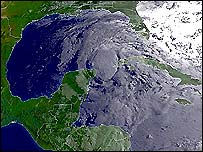 Claudette moves towards the Gulf of Mexico