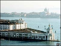 Venice's Dogana da Mar customs house