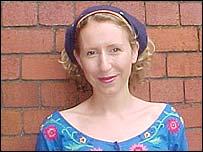 Singer Zoe Challiner
