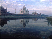 Taj Mahal astride the River Yamuna