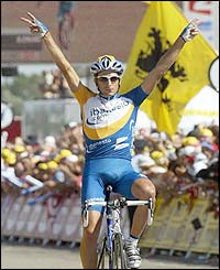 Juan Antonio Flecha wins stage 11