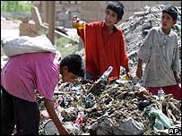 Iraqi children at rubbish tip