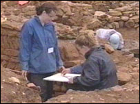 Students at the excavation