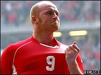 Wales striker John Hartson