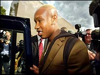 El-Hadji Diouf leaves court without comment