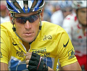 Lance Armstrong at the start of the race