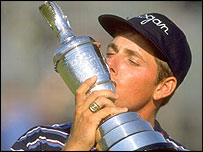Justin Leonard kisses the Claret Jug after his Open victory in 1997