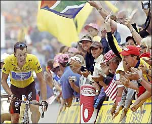 Armstrong heads for the finish line in the lead