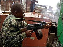 Government soldier fires on rebels in Monrovia