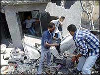 Search in debris after Gaza strike