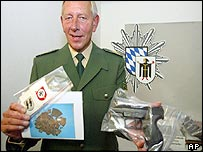 Munich police chief shows seized material