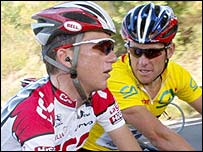 Tyler Hamilton (left) and Lance Armstrong (right) - the Tour's leading lights