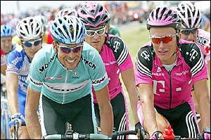 German Jan Ullrich and Kazakhstan's Alexandre Vinokourov ride alongside each other