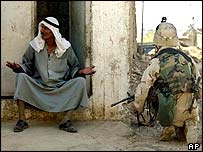 Iraqi and US soldier