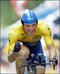Armstrong crosses the line to beat Ullrich's time but Millar takes the stage win