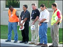 Pentagon construction workers observe the minute of silence