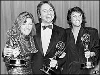 Ritter with Jane Curtin (left) and Tyne Daly at the Emmys 1984