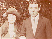 Ada and David on their wedding day in 1922
