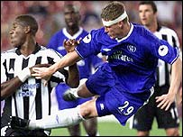 Chelsea's Robert Huth and Newcastle's Carl Cort