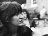Joan Jara, en 1975