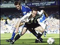 Everton debutant Kevin Kilbane tussles with Newcastle's Andy O'Brien