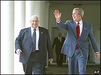 Ariel Sharon and George W Bush at the White House