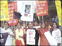 Demonstrators in Dhaka