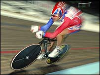 Bradley Wiggins in action on the first day of the World Championships