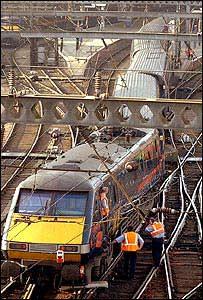 Derailed GNER train at Kings Cross
