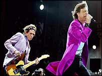 Jagger (R) and Richards on stage in Toronto