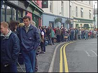 Queues of around 600 formed in Carmarthen