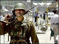Indian soldier patrolling in Srinagar, Kashmir