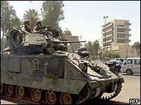 US soldiers patrol Baghdad
