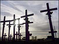 Las cruces por las mujesres muertas en Ciudad Ju�rez.