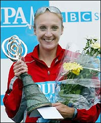 Paula clutches the Great North Run trophy