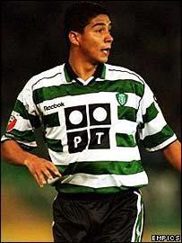Sporting Lisbon's Brazilian striker Mario Jardel