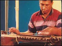 N Ravikiran plays his chitravina