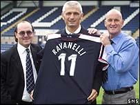 Fabrizio Ravanelli (centre) with new manager Jim Duffy (right) and director Giovanni di Stefano