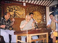 Traditional Chinese musicians
