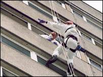 Police abseiling