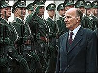 Izetbegovic inspecting troops
