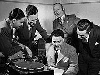 Equipo de locutores de la BBC en espa�ol, 1942.