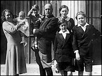 Benito Mussolini and family