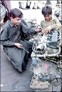 Boys fix Toyota engine