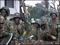 Nigerian forces arriving in Liberia