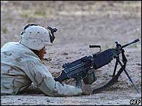 US soldier with machine-gun in Iraq