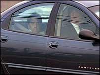 Лахани везут в суд в Ньюарке